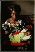 Mother & Child in Guinea - Trevor Kittelty : Merit